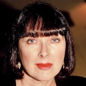 Headshot of Angela Bowne